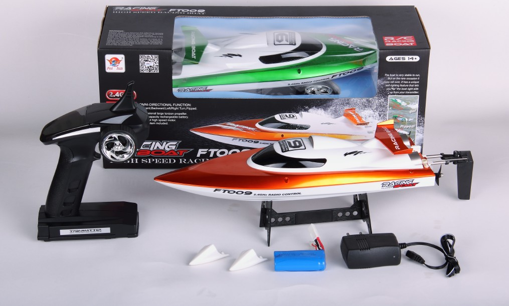 FT009 RACING BOAT