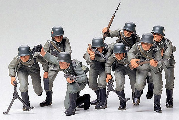 GERMAN ASSAULT TROOPS  1:35 SKALA